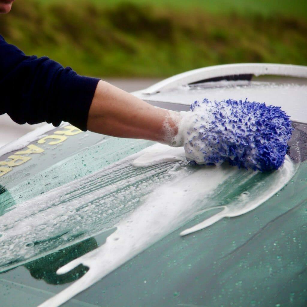 Meguiars Ultimate Wash & Wax på bil